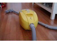 Argos Vacuum Hoover