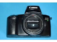 Canon EOS 1000f a classic Autofocus film camera with built in flash, Excellent and ready to go.