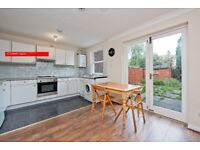 STUDENTS 5 BED 5 BATH TOWNHOUSE OFFERED FULLY FURNISHED, CANARY WHARF/ISLE OF DOGS E14