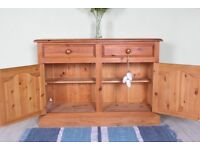 DELIVERY OPTIONS - 4 FT SOLID PINE SIDEBOARD QUALITY ALL WITH DOVETAIL JOINTS AND TONGUE GROOVE