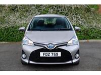 Toyota Yaris HYBRID ICON 2015-07-30