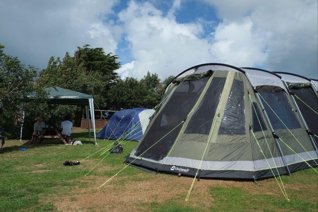 Outwell Montana 6P - Premium . 6 man tent.+ ground sheet+fleece carpet & Outwell Montana 6P - Premium . 6 man tent.+ ground sheet+fleece ...