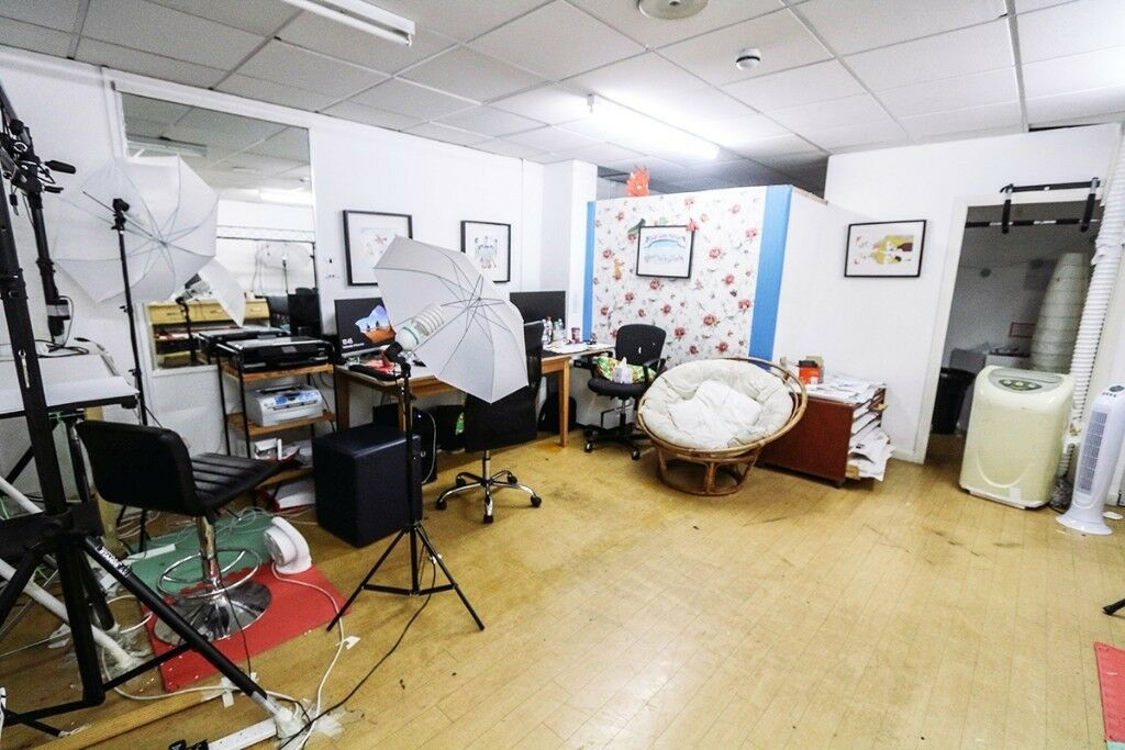Attirant 441 Sq Ft Office/studio Space To Rent In Central Bristol: Pithay Studios