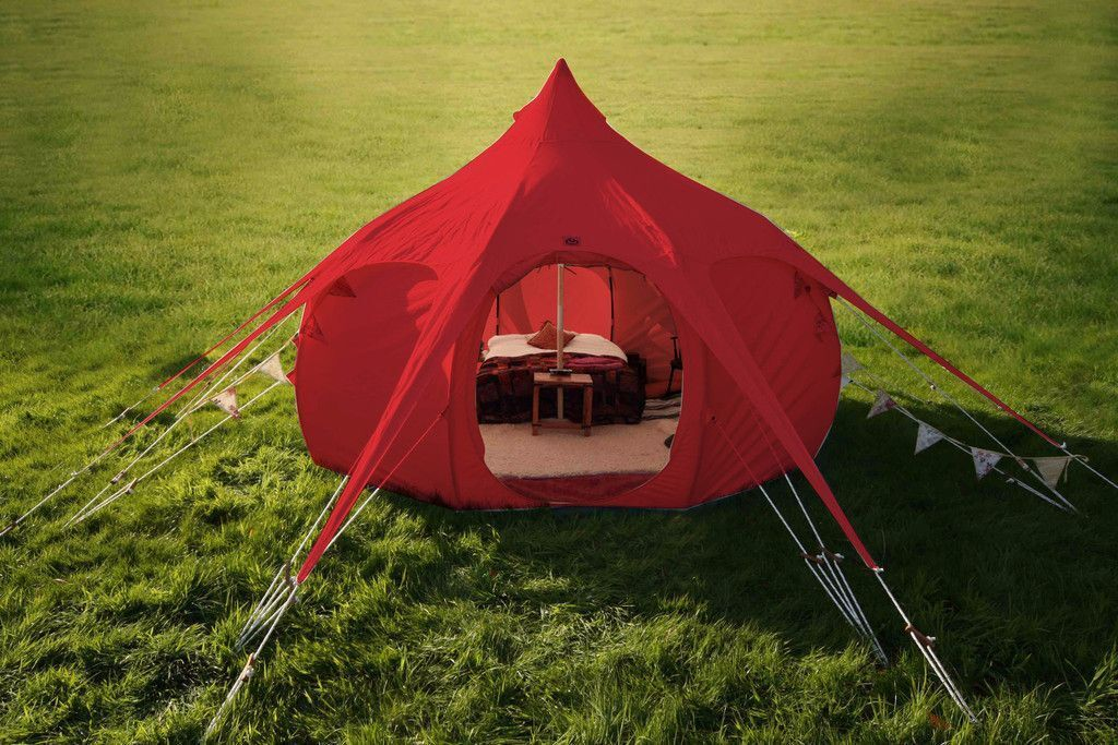 Lotus Belle RED 5m Outback Deluxe Bell Tent. No rips. no tears perfect & Lotus Belle RED 5m Outback Deluxe Bell Tent. No rips. no tears ...