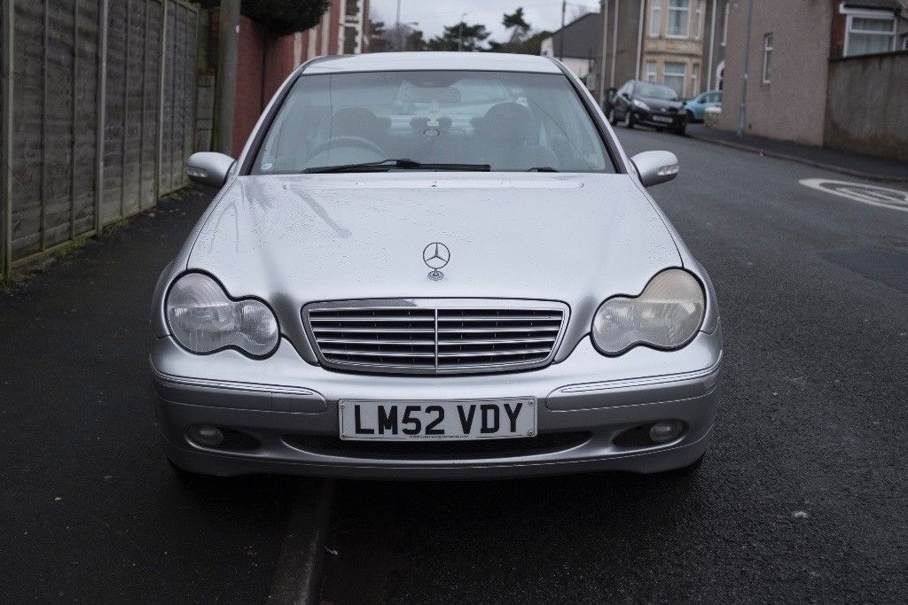MERCEDES C180 SILVER 4 DOOR CAR £700 OVNO MUST BE GONE BY WEEKEND! & MERCEDES C180 SILVER 4 DOOR CAR £700 OVNO MUST BE GONE BY WEEKEND ... pezcame.com