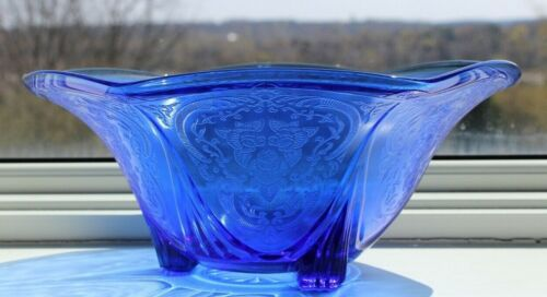 ROYAL LACE COBALT BLUE 10-INCH RUFFLED BOWL – RARE!!