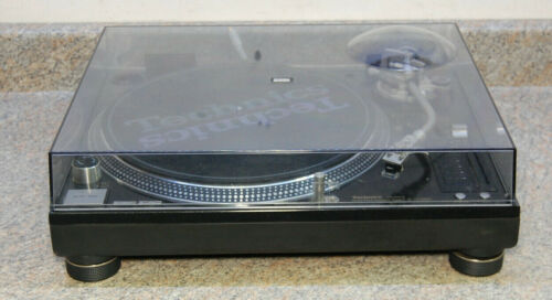 Technics SL-1210 M5G Direct Drive Turntable System - Fast, Free Shipping!!