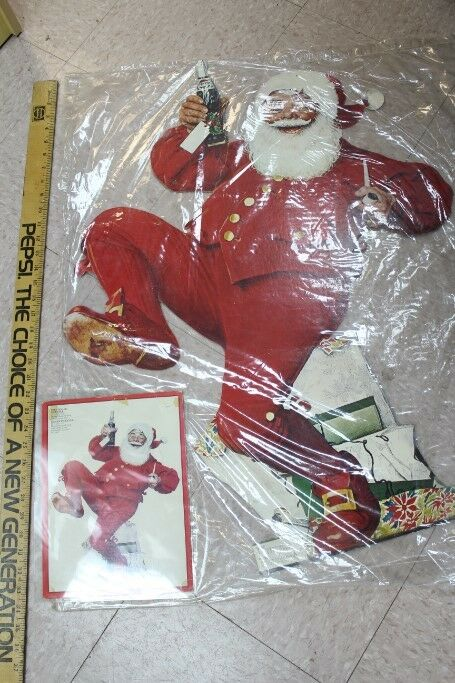 1960s Norman Rockwell Santa Clause Dealer Incentive Pepsi 3-D Advertisement