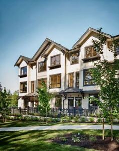 NEW BEAUTIFUL LANGLEY TOWNHOME