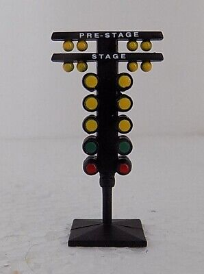 Diorama NHRA Drag Strip Racing Seven Tier Starting Lights Christmas Tree 1:64 ()