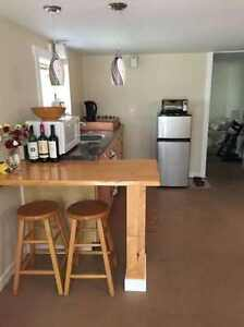 Quiet one-bed suite available October 1