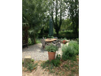 Rare opportunity : House for sale on the banks of the Canal du Midi.... Live the dream...