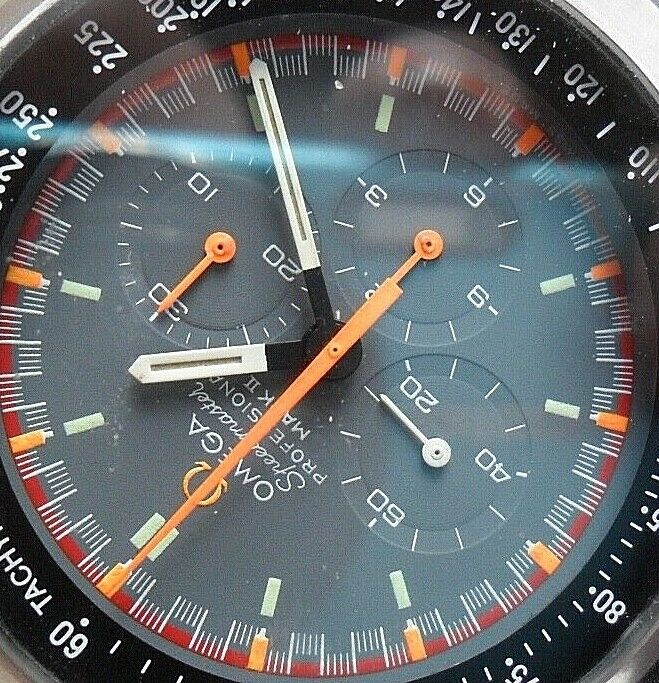 Racing Dial Vintage 70's Mens Omega Professional Mark II Speedmaster Chronograph - watch picture 1