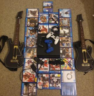 Playstation 4 PS4 1 TB ULTIMATE Bundle | 25 GAMES | 5