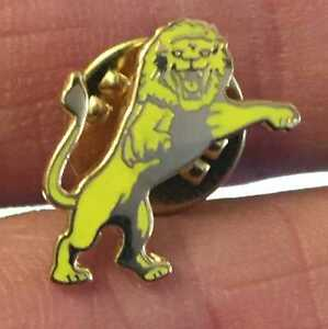 MILLWALL TINY GOLD AND YELLOW LION PIN BADGE