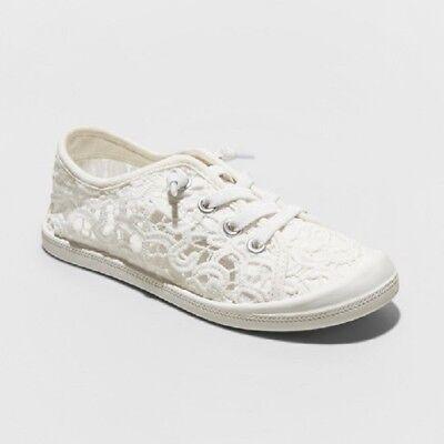Youth Girls' Mad Love Shana Scrunch Canvas Sneaker - White](Girls White Sneakers)