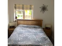 Double room to rent in Creative house in Farnham