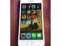 Apple IPhone 5 Silver 16GB Unlocked cracked screen