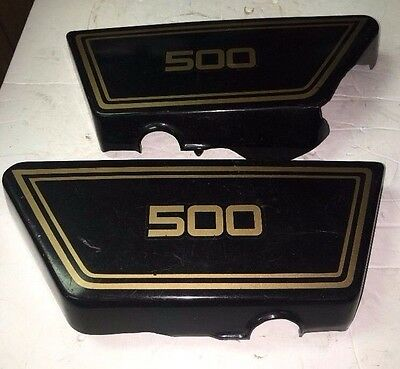 76 78 <em>YAMAHA</em> <em>XS 500</em> PAIR OF SIDE PANEL FAIRINGS