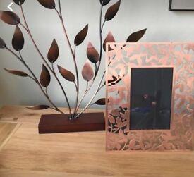 Leaf frame and art piece