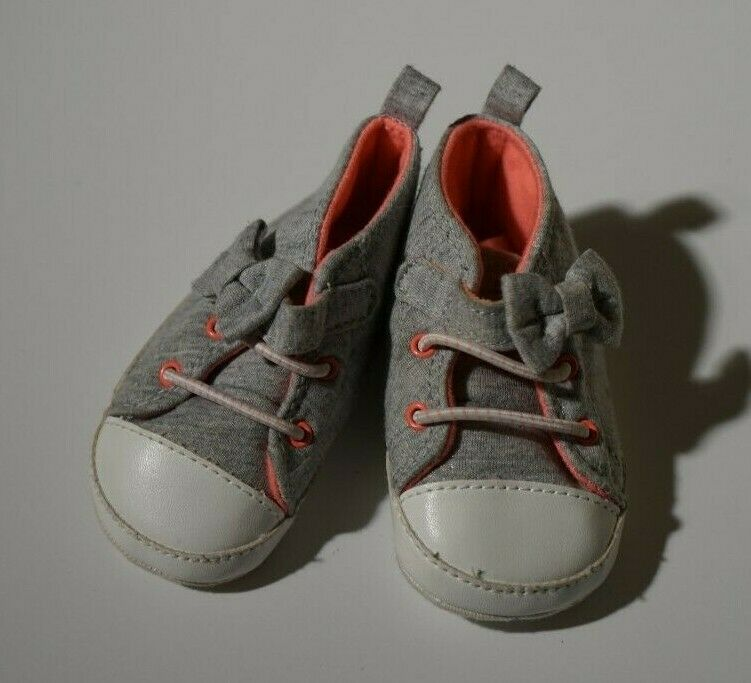 Carter s Just One You Gray Peach Color Size 3-6M Soft Shoes  - $0.60