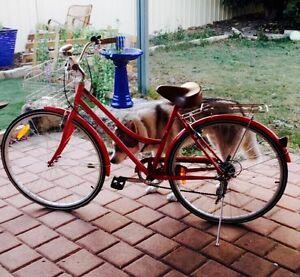 Vintage/ retro bicycle Warnbro Rockingham Area Preview