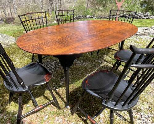 Vintage D R Dimes tiger maple dining kitchen table country Queen Anne black base