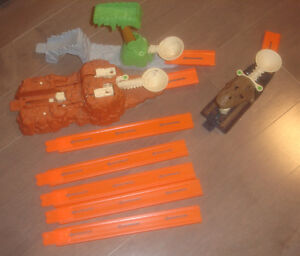 replacement pieces Hot Wheels from Big Loader construction set