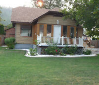 Quaint renovated house in Canoe!! Salmon Arm, BC!!