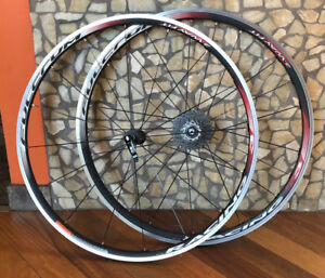 Road Wheels - Fulcrum Racing 3 - 2-Way Fit - $300