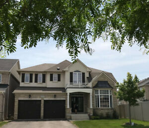 Executive House in Oakville