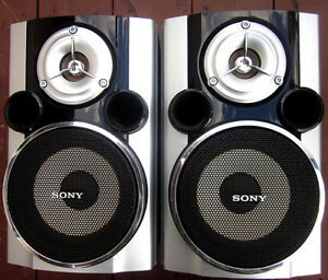SONY Bookshelf Speakers - Excellent Condition and Sound Great