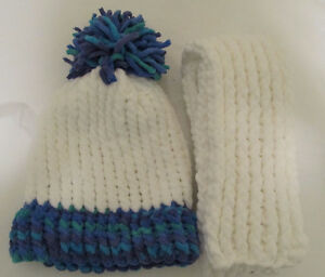 CHRISTMAS HOLIDAY SALE - KNITTED HATS AND SCARVES Windsor Region Ontario image 8