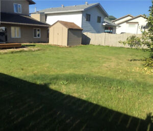 House for rent near schools, parks and walking trails