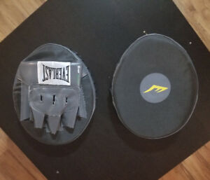 Everlast Punching Pads