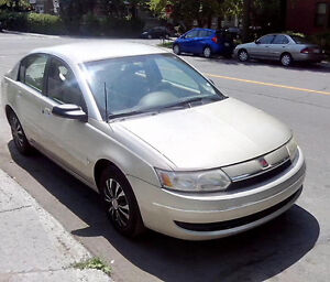 Saturn Ion 2 2003  berline 4 portes