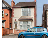 2 double bed DETACHED house for sale in quiet street - Coalville LE67 post code
