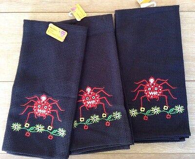 Halloween Dish Towels (Set of 3 Halloween Kitchen Dish Hand Towels Black Red Skull Goth Spider)