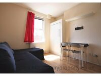 Studio Flat to Rent in NW2 Cricklewood - Ideal for Single Professional - Near Station and Shops