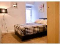2 bed main door flat from mid September to june with private garden