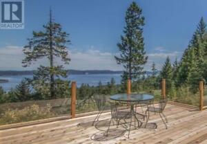 180 Suneagle Dr Salt Spring Island, British Columbia