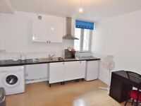 Beautiful and bright studio in Holloway Rd , Islington, N7
