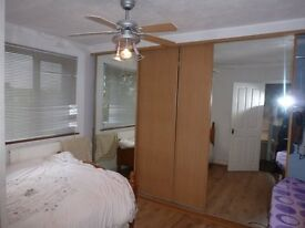 *** FANTASTIC 3 BED HOUSE IN EAST HAM *** NO AGENTS PLEASE