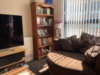 Cosy single bedroom in stylish Quartermile flat - £535 ALL INCLUSIVE