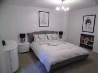 Beautiful 1 bed Seafront Apt sleeps 4, 2*Parking bays, furnished, short or long term !Bills included