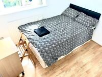 SHORT LET - BEAUTIFUL 4 BEDROOM HOUSE IN BROMLEY - UPTO 7 PEOPLE