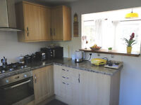 1 double bedroom flat, near station and city center.