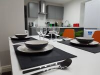 8 Bedroom student house to let