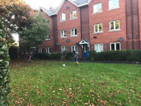 One bed apartment, central Exeter,parking available.