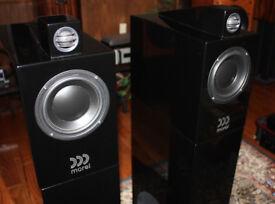 For Sale Hi -End Morel Octave Loudspeaker System in mint condidtion